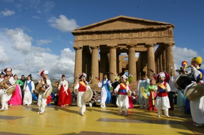 Festival of Mandorlo in Fiore